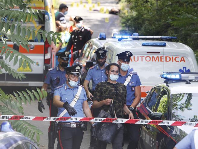 Roma, trovato un cadavere in via Prenestina. Ha una ferita alla testa: disposta l'autopsia
