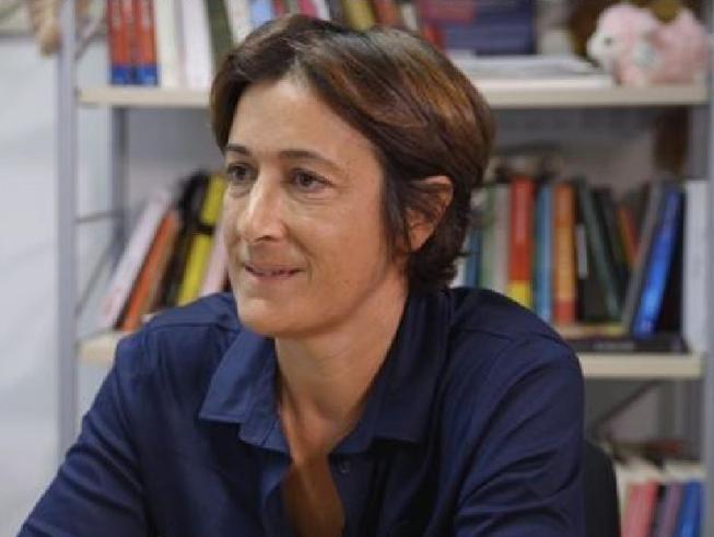 Annalisa Scarnera (Calenda): meno burocrazia e un quartiere gay