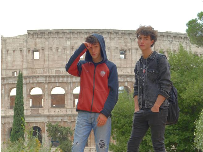 La movida normale degli studenti del Virgilio tra passioni e amicizia