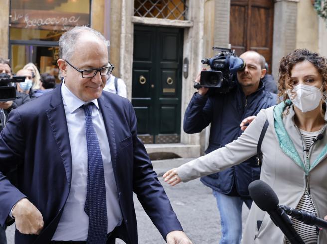 Gualtieri continua gli incontri, ma la Giunta di Roma è ancora in alto mare