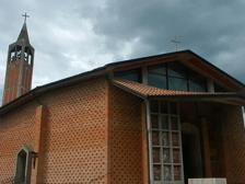 Sacerdoti innamorati, i parrocchiani: «Contenti per loro ma ci mancheranno»