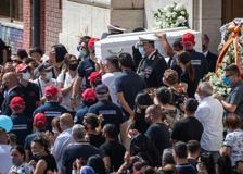Funerali di Daniel e David a Ostia, i fratellini uccisi ad Ardea