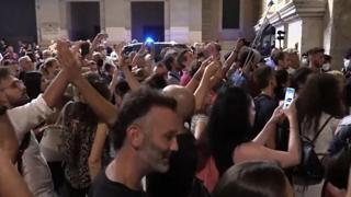 «No green pass», manifestanti bloccano piazzale Flaminio