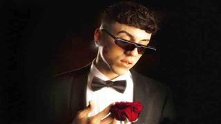 Sonorità latine nel nuovo disco di Astol: «L'amore in tutte le sfumature»