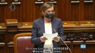 Scontri a Roma e assalto alla Cgil, Lamorgese contestata alla Camera