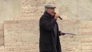 No Green pass, Enrico Montesano al Circo Massimo: «Serve un partito che ci rappresenti»