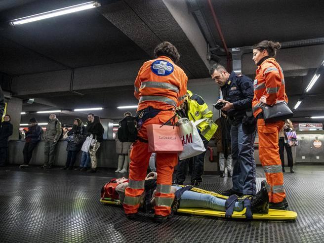 Roma, donna travolta da un treno L'ipotesi: attraversava i binari ...