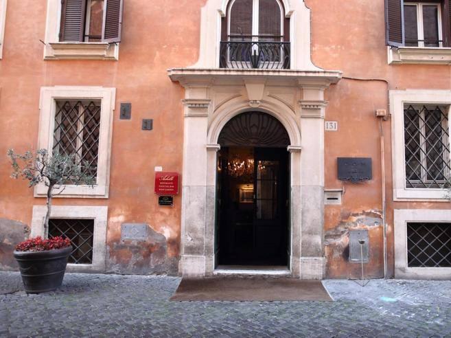 Roma, tassa di soggiorno: 700 mila euro evasi da due ...